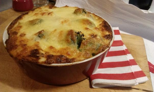 Broccoli-Grieß-Gratin mit Hüttenkäse